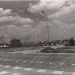 Rijksweg met kruising Groesbeekseweg. Links het huis van Heinsbergen. Foto 117