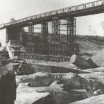 Bailey brug bij Malden ter vervanging van de opgeblazen brug over het Maas-Waal kanaal. Foto 019