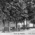 Cafe Vervoort met de 'omnibus' van Plasmolen naar Nijmegen omstreeks 1925
