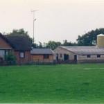 De geperforeerde staalplaten (PSP) van B91 in 1996 langs de Hatertseweg Nr. 34.
