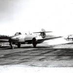 Gloster Meteoors van van het 616e squadron. RAF museum 6048-7